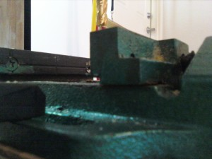 vise picture taken with 2 x 4 stand